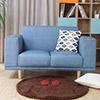 方正的外型楺合溫馨的感覺,採用易去汙皮革讓沙發耐髒且更易清潔,防水透氣的特性讓您坐的更舒適。
