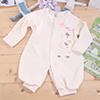 採用台灣紡織大廠製造的有機棉縫製,給寶寶最純淨的呵護版型合身又舒適