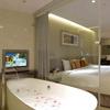 極致簡約奢華空間 輕鬆體驗時尚文化/ 娛樂/ 美食TOTO獨立淋浴設備房內小點心、飲料、礦泉水