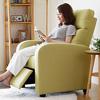超厚實舒適機能單人沙發坐椅背部與腳部可傾仰達到最放鬆的角度。