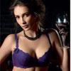 LADY獨家設計刺繡蕾絲工藝精緻法系內衣兼具集中包覆同時營造渾圓美胸性感時尚,最感性的浪漫