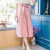 ◆ 質感極佳的布料,清爽夏日,腰頭以鬆緊寬待做打褶設計,附綁帶可綁蝴蝶結。