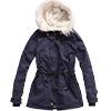 搭配毛帽軍裝造型,內裡羔羊毛設計,更顯特色,腰際抽繩造型,增加實用性,女孩保暖大衣必備款。