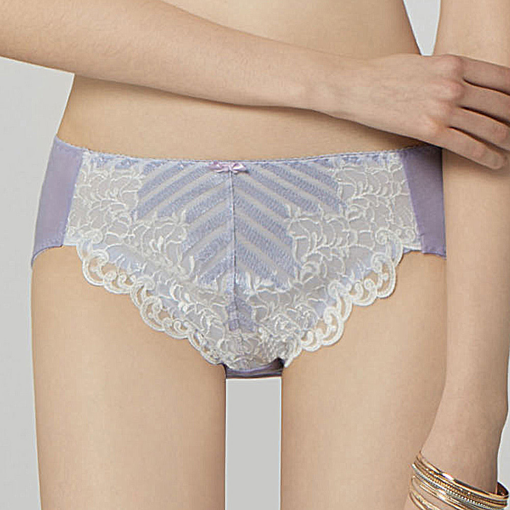 曼黛.瑪登 暢銷百款小褲 3件再折99