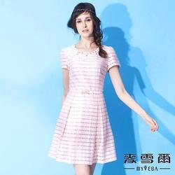 【麥雪爾】鑽飾花瓣領蕾絲橫紋棉質短洋裝