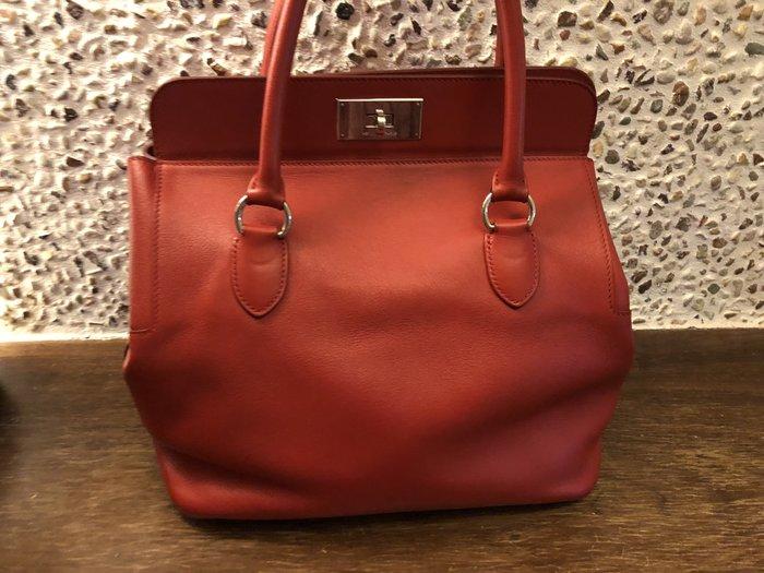 Hermes紅色手提包