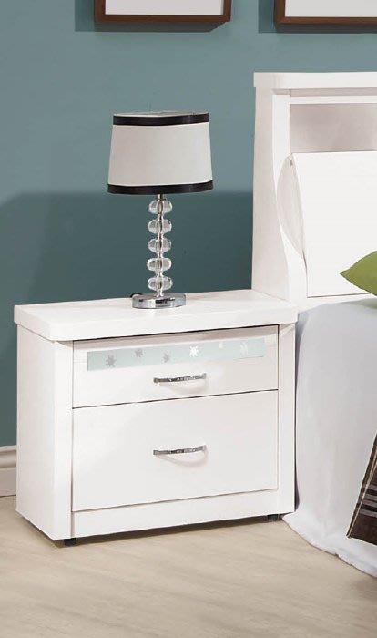 【DH】商品編號vc201-2商品名稱楓林白色床頭櫃(圖一)備有白雪杉另計。台灣製可訂做。主要地區免運費