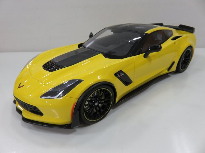 宗鑫貿易 GT SPIRIT GT171 Chevrolet Corvette Z06 C7 R Edition