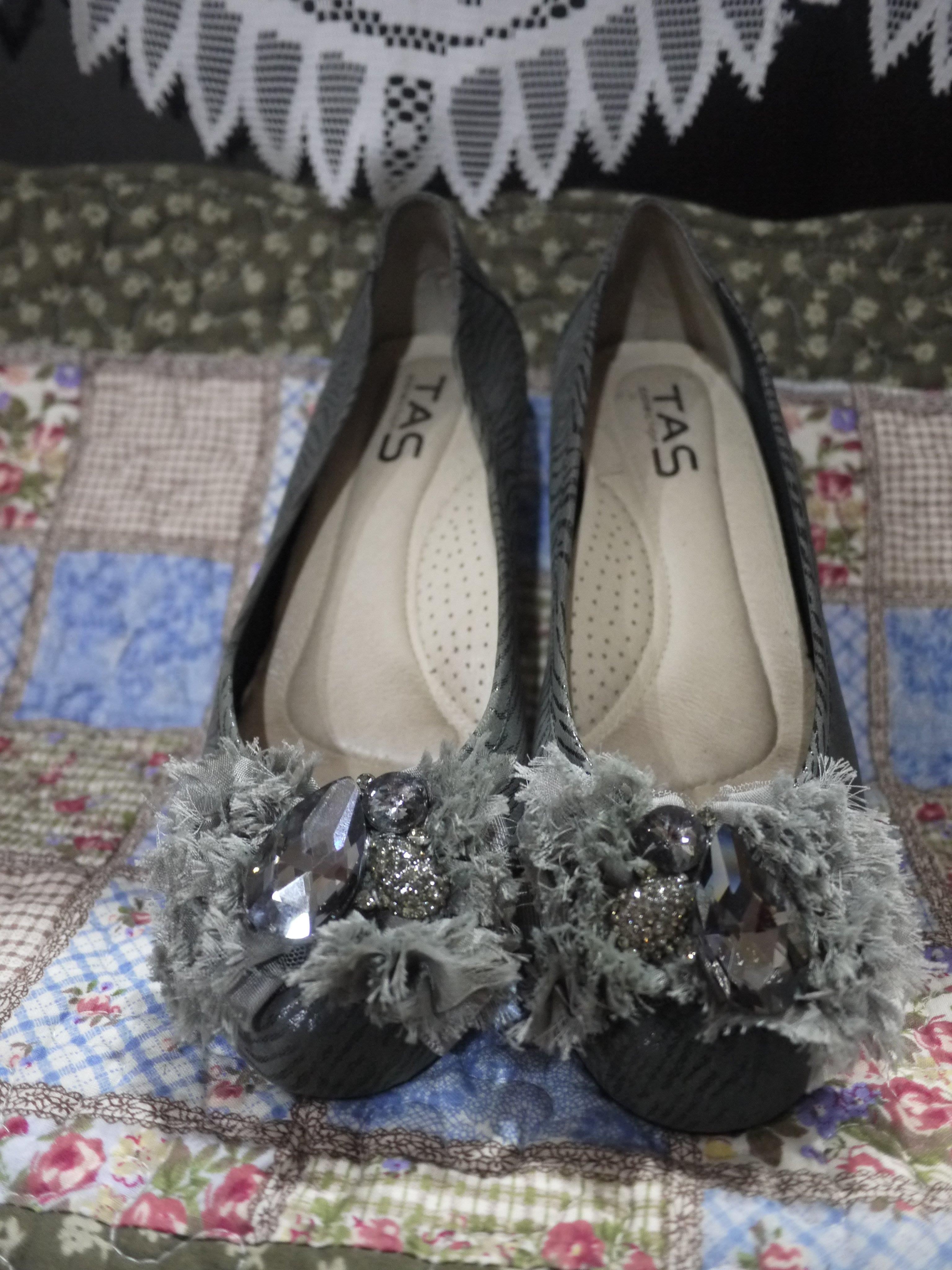 TAS寶石鑽飾蕾絲楔型鞋, 跟高4公分, 尺寸:25號, 楔型鞋款, 近九成新(另有1991, MAGY...)