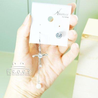 F.R.O.G.S A010197韩国进口银色珍珠十字架不对称造型耳环耳针耳钉耳扣耳勾耳挂(现+预)