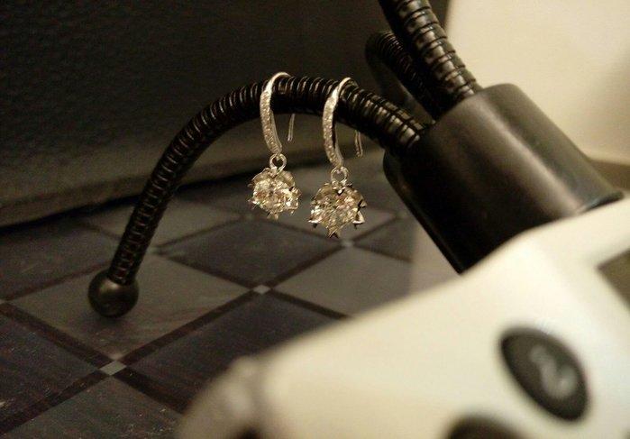 鑽石垂釣耳環1克拉雪花 舒適 不過敏 結婚 情人節禮物 鑽石高仿真高碳鑽石純銀包白金耳環 首飾   FOREVER莫桑鑽寶 超取付款 免運費 購物愉快 有保障