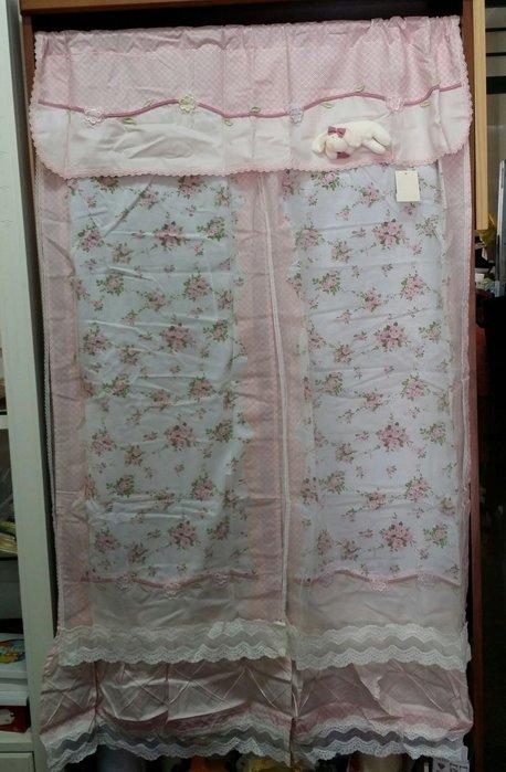 美生活館--全新鄉村風格拼布 粉紅格紋玫瑰花立體兔 布蕾絲雙層 長門簾/裝飾簾/櫃簾/窗簾90*150 cm