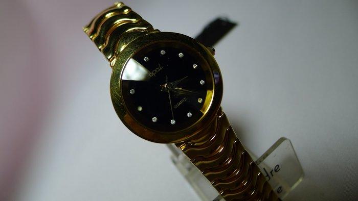 全心全益低價特賣*伊陸發鐘錶百貨商場*華麗女腕錶 *財運旺旺來.