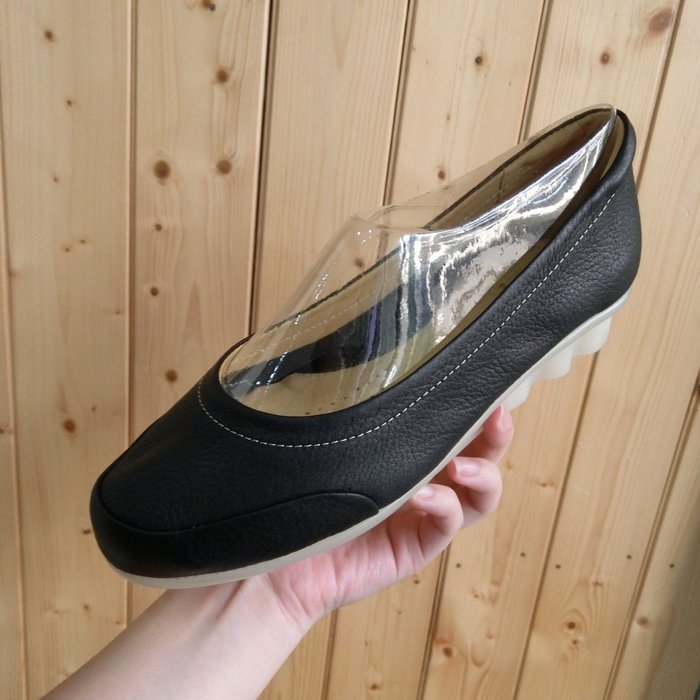 【 Luxury 】 現貨超軟牛皮 氣墊底 娃娃鞋 好穿全素面牛皮質感真皮便鞋 寬肉腳特推 包鞋 娃娃鞋 護士鞋 平底