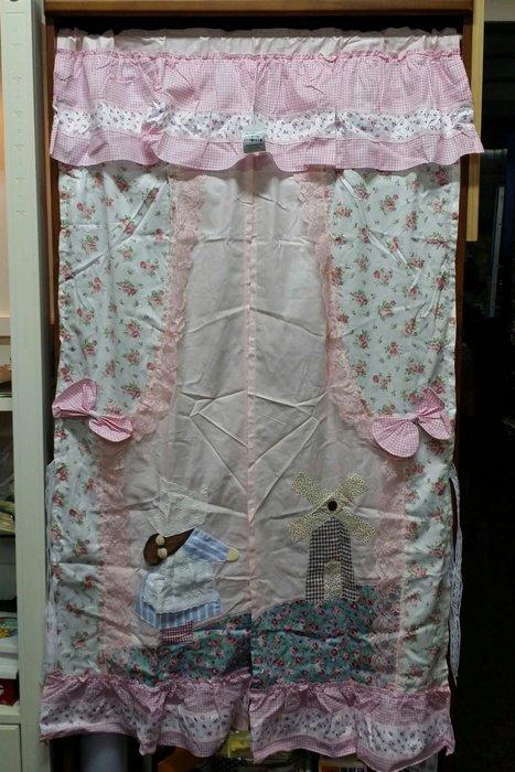 美生活館--全新鄉村風格拼布 荷蘭娃娃 玫瑰花 長門簾/裝飾簾/櫃簾/窗簾 90*150 cm