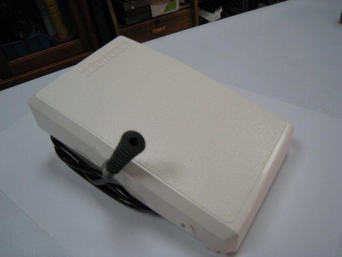 SED鴿子窩:勝家 SINGER 桌上型萬用縫紉機 6200   9100 系列 踏板
