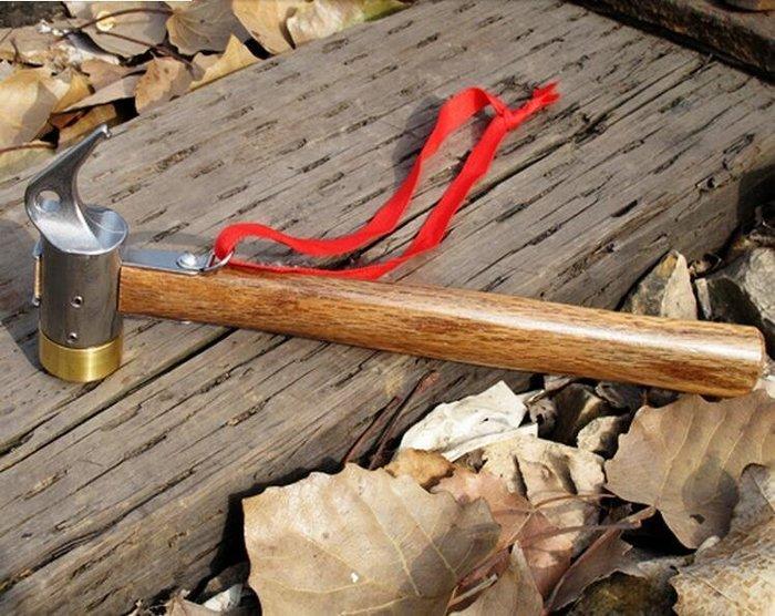 神莫多賣~不銹鋼+黃銅+實木木柄營槌。銅頭營槌+拔釘鉤。非鐵鎚。木柄長度27公分。營釘