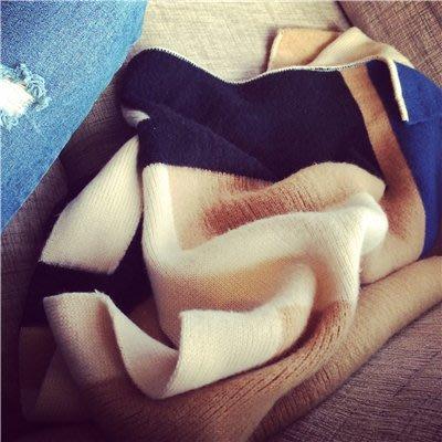 MJ STUDIO【02125】高品質面料拼接 拼色大圍巾 披肩 圍脖 ( 紅藍 / 藍駝 / 桃綠 )
