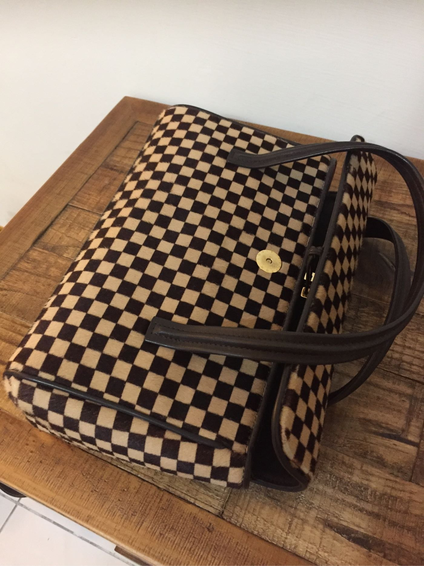 LV馬毛棋盤格手提包