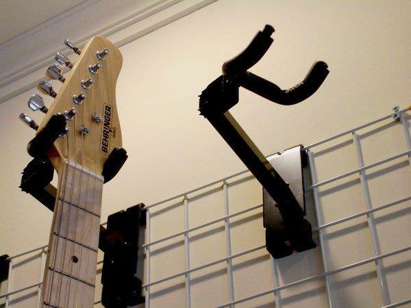 ☆ 唐尼樂器︵☆木吉他/民謠吉他/電吉他/電貝斯壁式掛架/吊架(配合格網使用)適合 Fender/ Gibson 等