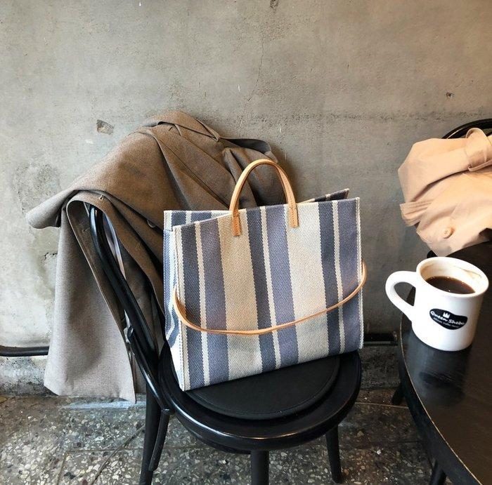 呼韓-包包【B1203-01】韓國空運:韓製 撞色設計直條紋大容量帆布質托特包/側背包 (3色預購)