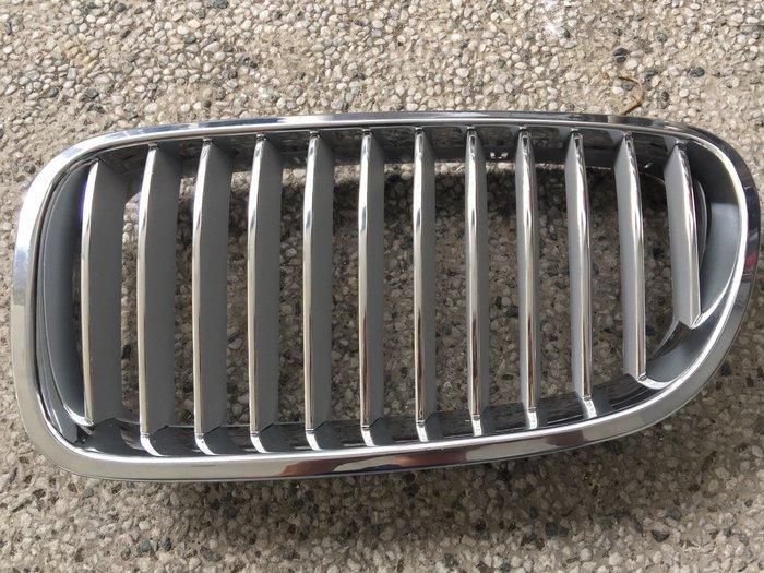 阿勳精品}~  BMW 寶馬 F10 F11 全新 電鍍 水箱護罩 水箱罩..內網直條電鍍,內網 鈦銀色.一對價