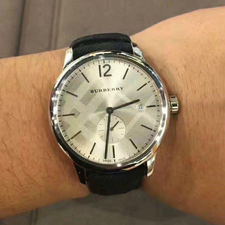 Burberry男 經典格紋 石英手錶