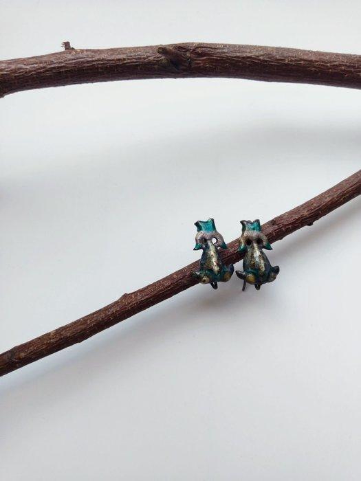 「糖巷老銀飾」琺瑯彩金魚耳環