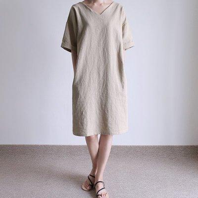 girlmonster正韓 亞麻 V領 連身洋裝 (米色/深灰色) 【A0236】