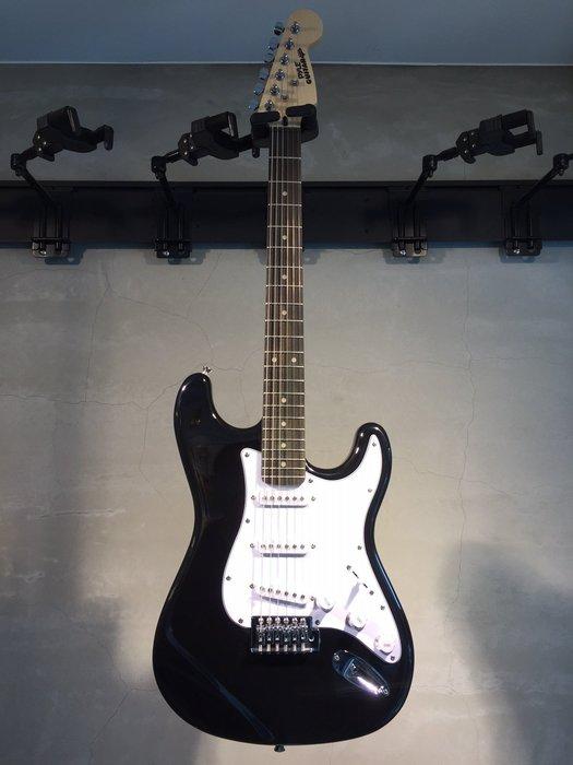 【六絃樂器】全新精選 Pyle ST型 黑色電吉他 / 現貨特價