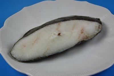 【萬象極品】大比目魚切片(鱈魚切片)/450g±5%/無肚洞2L規格~深海魚富含豐富維生素DHA~口感綿密滑嫩入口即化~