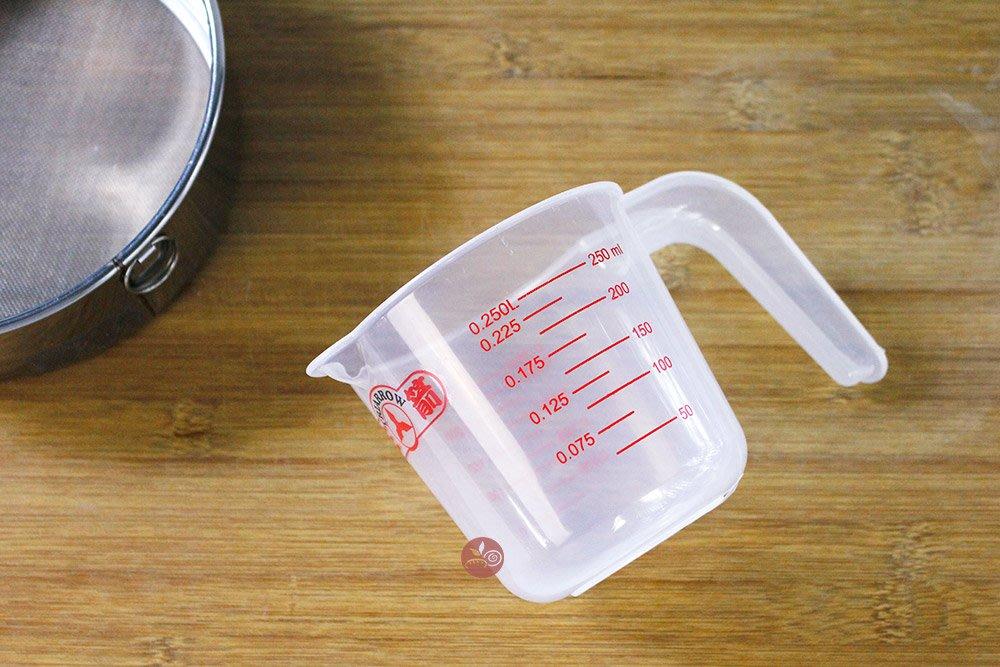 耐熱量杯_250C.C_TR-250C◎耐熱.量杯.PP.把手.不可直接加熱.250CC.測量.計量