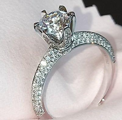 Tiff 6爪鑲滿鑽高仿鑽戒1克拉 相似度92%更璀璨求婚 結婚高仿真鑽石手飾 歐美豪華高檔微鑲純銀戒指鑽寶出品年終特價