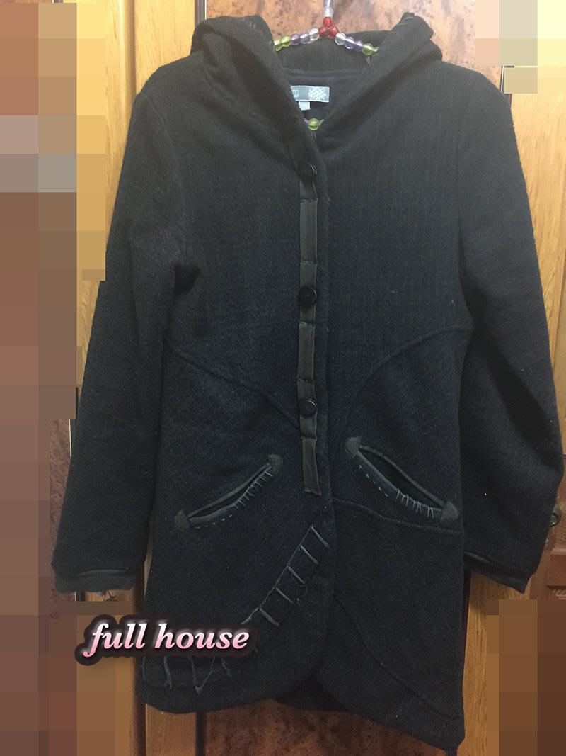 【FULL HOUSE 】with旗下 品牌黑色 羊毛設計感拼接連帽外套大衣