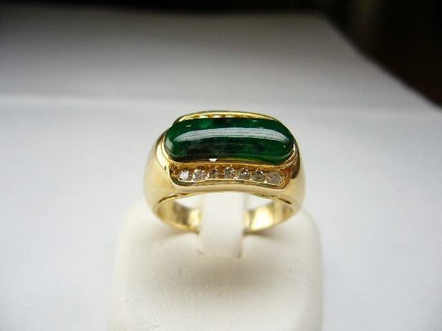 [吉宏精品交流中心]A貨 馬鞍造型 天然翡翠 天然鑽石 黃K金 戒指(附證書)(1)