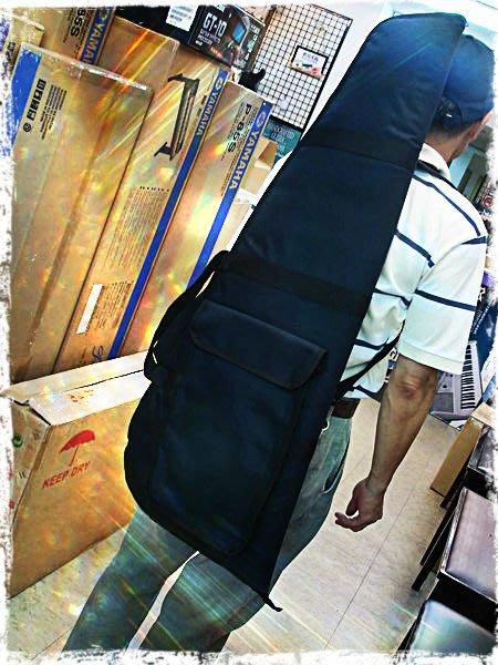【六絃樂器】全新10厘米高密度鋪棉三角電貝斯袋 附双肩背帶 / 現貨特價