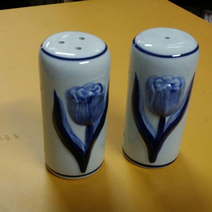 美生活館---全新 荷蘭 手工製做 陶瓷 經典 立體 鬱金香 椒鹽罐組 擺飾----居家/佈置/送禮