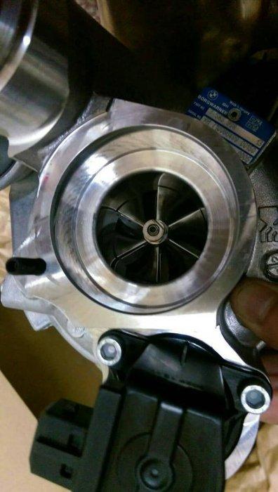 BMW 渦輪增壓器  BMW 正廠零件 F10 535 F13 640 渦輪增壓器