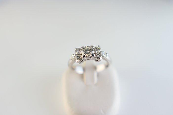 [吉宏精品交流中心]40分 天然鑽石 白K金 造型 戒指