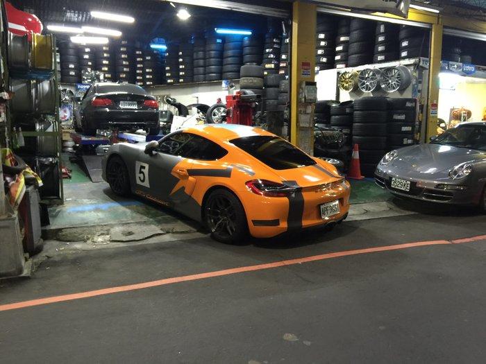 六星級輪胎示範店 BBS 鍛造鋁圈 HRE 米其林輪胎 LEXUS 德國馬牌 BMW 賓士 AUDI VW TOYOTA