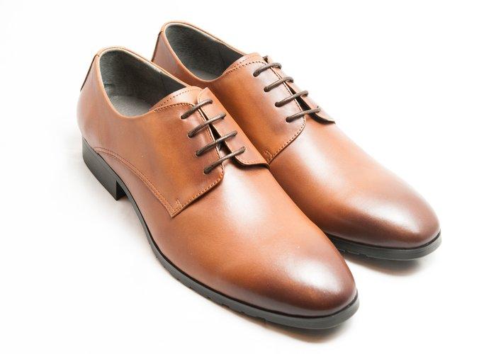 超值系列素面德比鞋:小牛皮真皮木跟皮鞋男鞋-焦糖色-免運費-[LMdH直營線上商店]E1A11-89