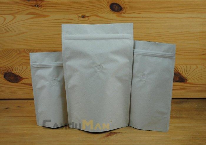 CZ601_高級米白色特殊紙_壹磅用_夾鍊站立袋_專業咖啡袋_加裝進口_排氣閥 (100入)CandyMan