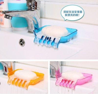 晶華屋--浴室瀑布瀝水吸盤肥皂盒香皂盒 廚房水槽海綿抹布瀝水盤 香皂瀝水架(不挑色)