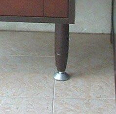 台中 衛浴設備 客廳廚房皆可用 實木腳柱