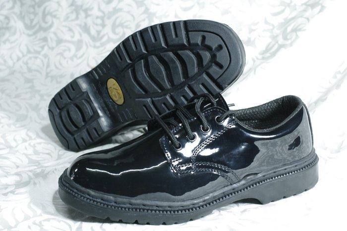 KS凱欣特殊鞋.亮皮警衛鞋..全新商品(團購剩餘)零碼出清1雙300(2雙500含運)