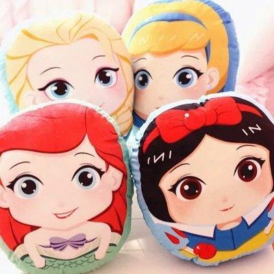 可愛 大眼睛Q版 白雪公主 美人魚 灰姑娘 愛莎 小抱枕 毛絨玩具 寢具用品 辦公室 兒童抱枕