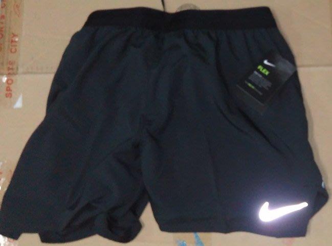 NIKE RUN針織運動短褲 (892910-010黑色) 5吋排汗短褲 慢跑 路跑 有網狀內裡 正品公司貨 P2