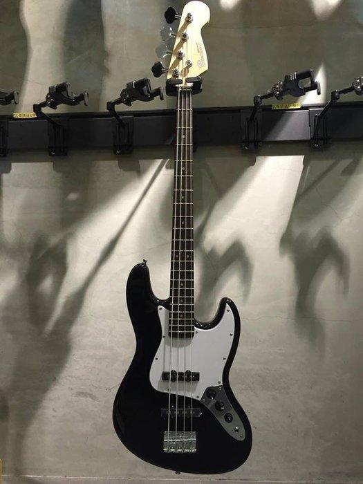 【六絃樂器】全新精選 Bensons J 型 黑色電貝斯 / 附配件 現貨特價