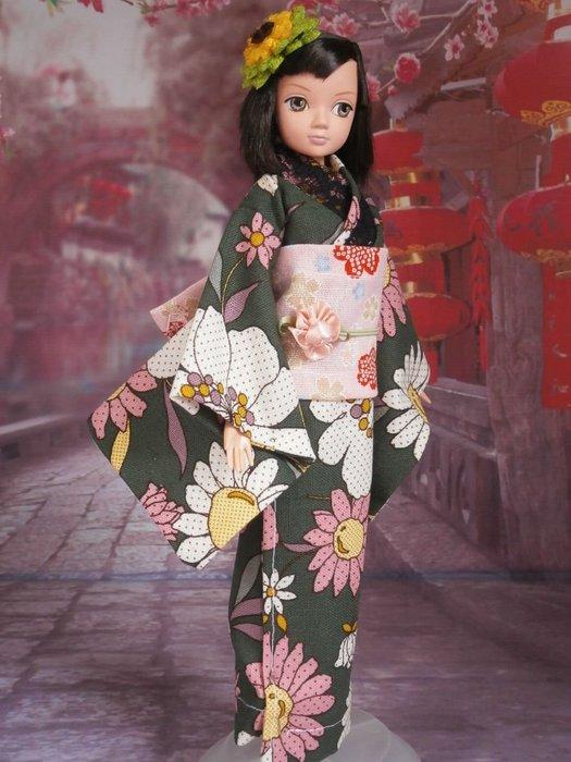 小禎ㄟ雜貨 館主手製和服娃娃  搭配可兒娃娃臉很有日味 含娃娃一隻 (6)