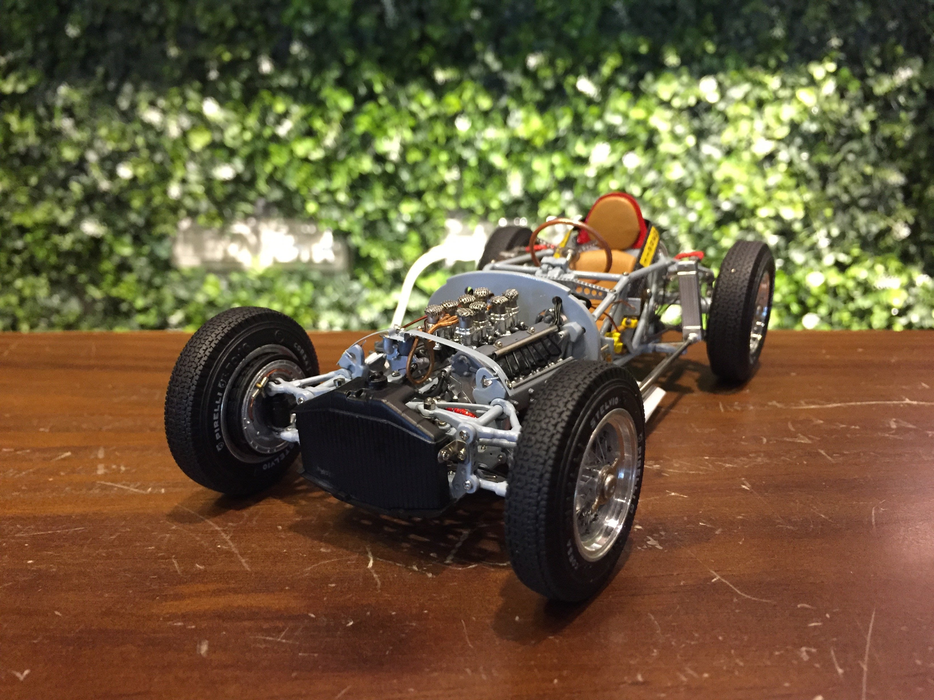 1/18 CMC Lancia D50, 1955 Rolling Chassis M198【MGM】